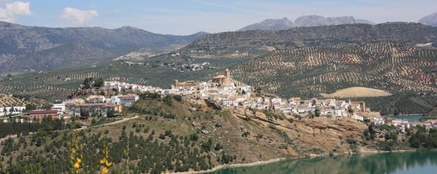 Iznajar town